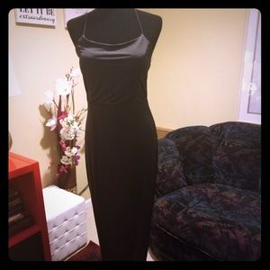 Fashion Nova Straight Spagetti Maxi Dress